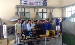 Thêm 5 máy hàn điện tử Hồng Ký về với thầy trò trường Cao đẳng Nghề Công nghiệp Thanh Hóa