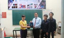 Máy hàn điện tử Hồng Ký về với thầy trò trường Đại học Công nghiệp Thực phẩm TP Hồ Chí Minh