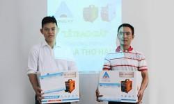 Hồng Ký trao thưởng chương trình